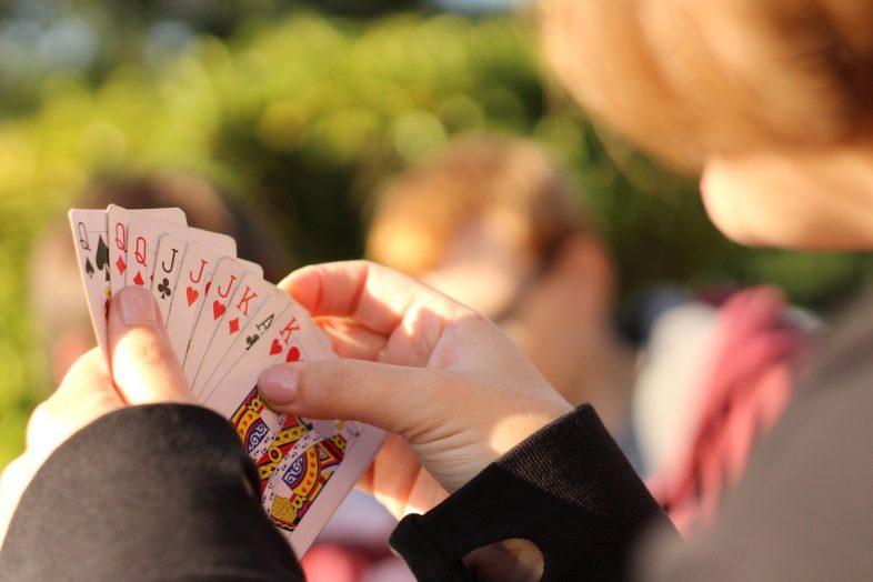 Frau Horst Kartenspiel