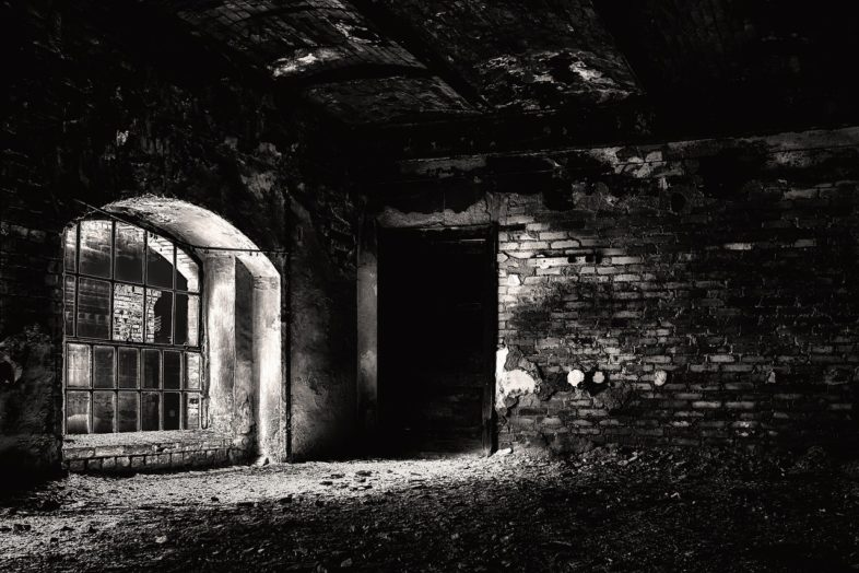 Im Keller ist es dunkel