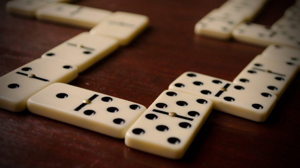 Regeln Domino
