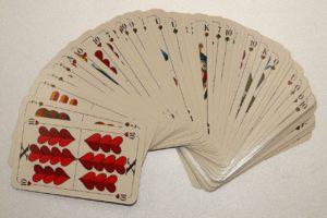 bieten kartenspiel