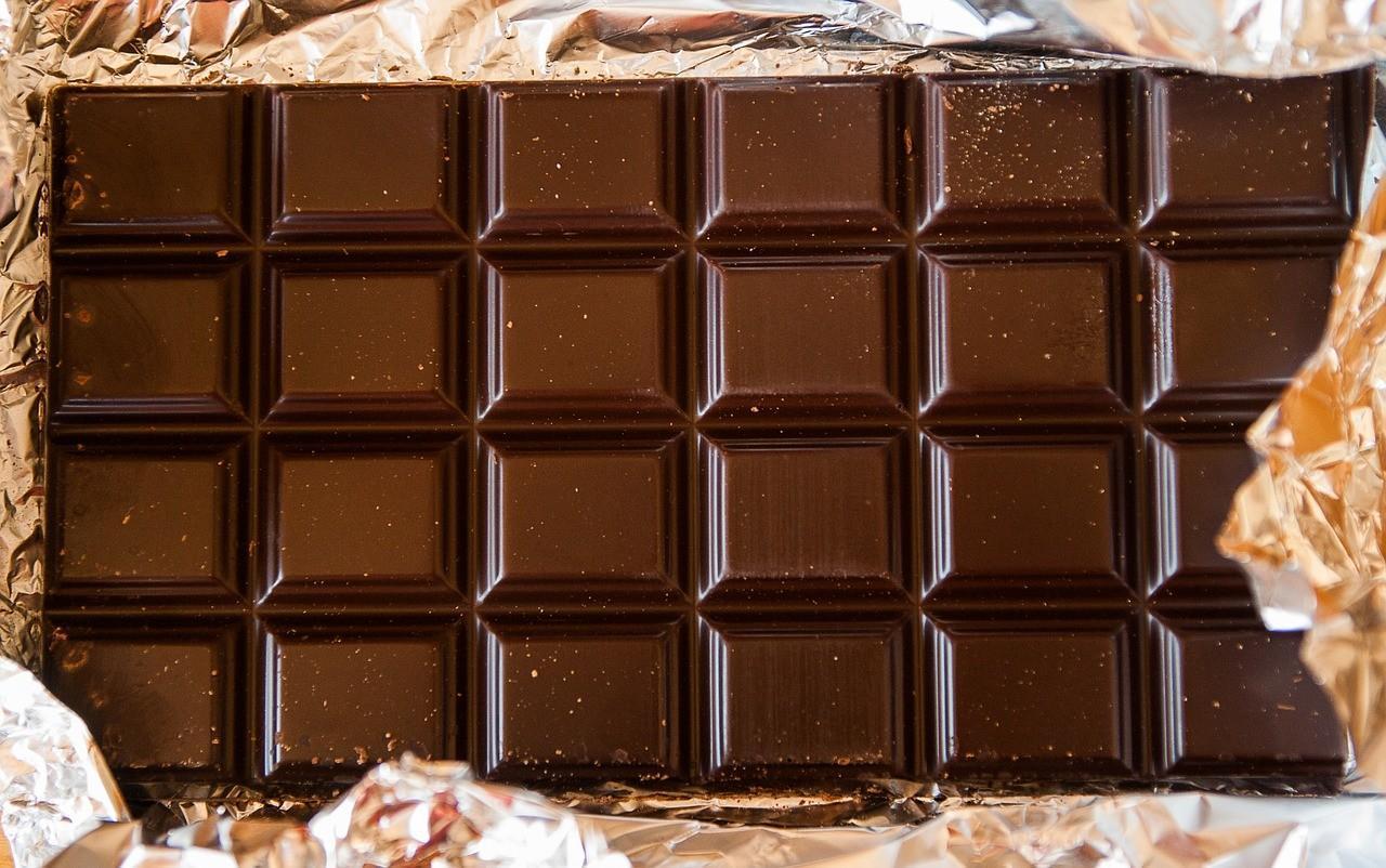 Schokolade essen Spiel
