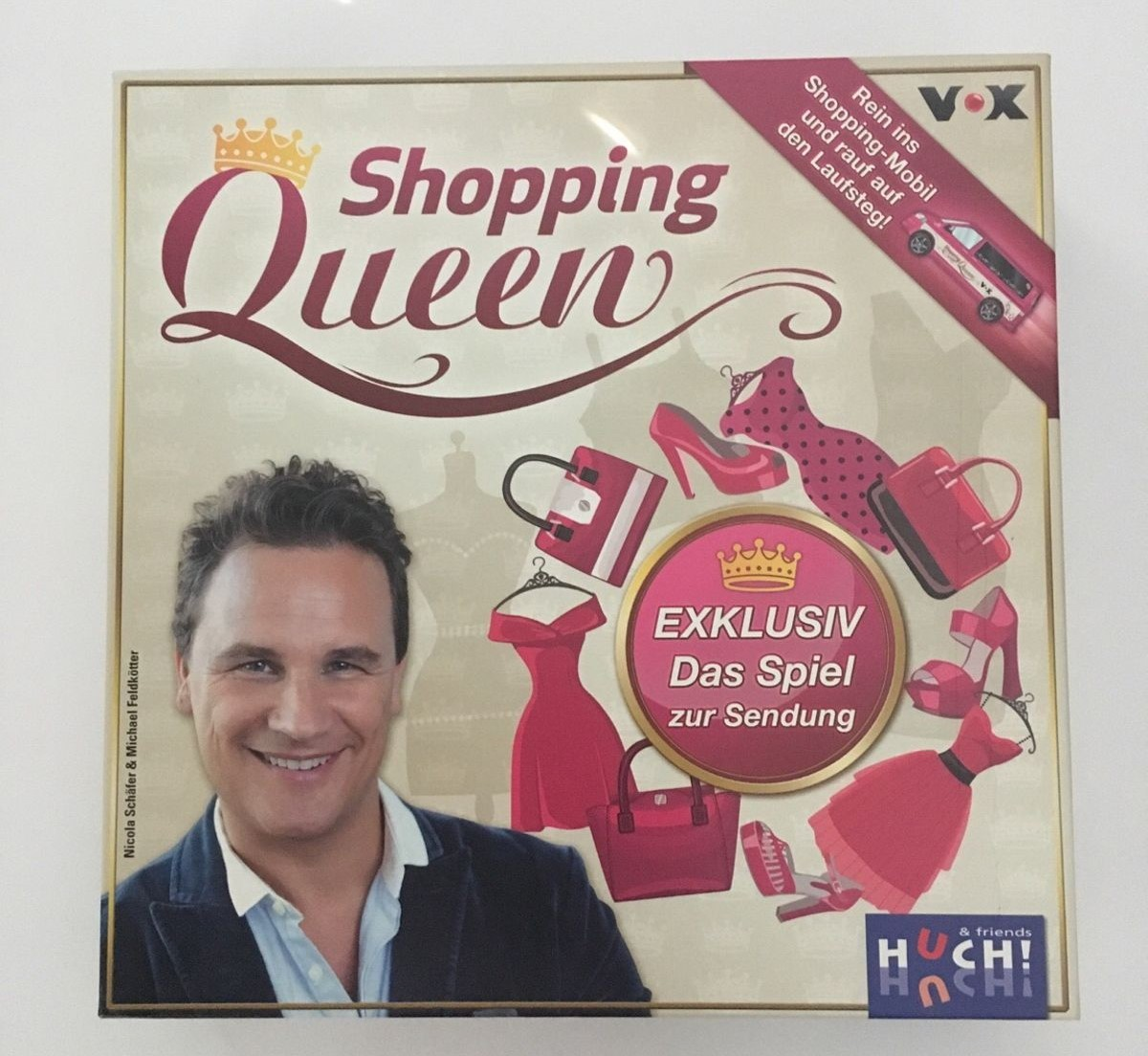 shopping queen PDF