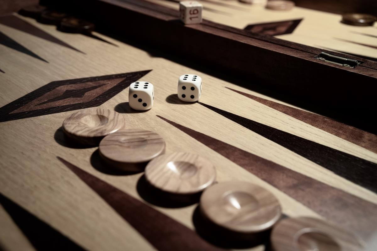 tric trac backgammon